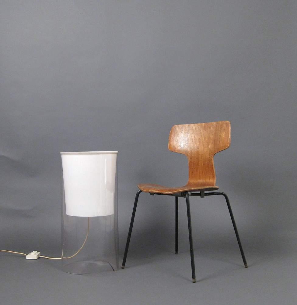 achille-castiglioni-floor-lamp-model-aoy-for-flos_1